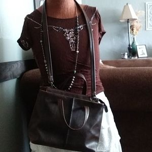 Handbags - Vintage Choc Brown Crazy Horse Crossbody Liz Claib